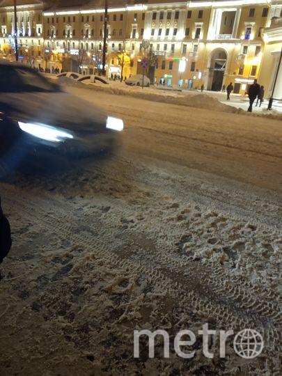 """Это фото читательницы Metro. Это центр города - Сенная площадь перед выходом из метро и ул.Садовая. Фото """"Metro"""""""