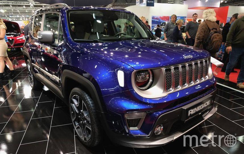 Автосалон в Вене (Vienna Autoshow 2019). Jeep Renegade. Фото Getty