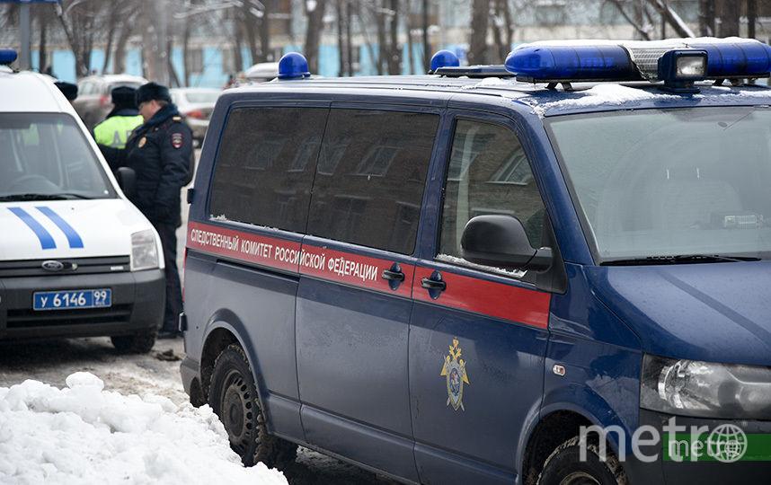 Следователи проводят проверку после гибели рабочего в центре Москвы. Фото Василий Кузьмичёнок