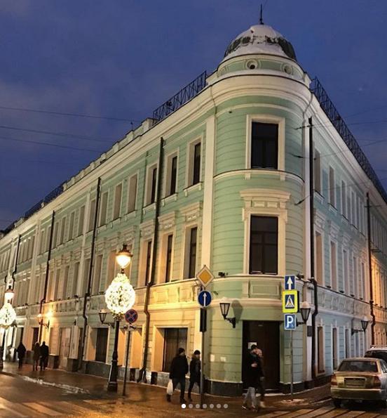 В последние десятилетия в «доме Булошникова» располагались офисы. Фото https://www.instagram.com/p/BsltaBZAsfg/