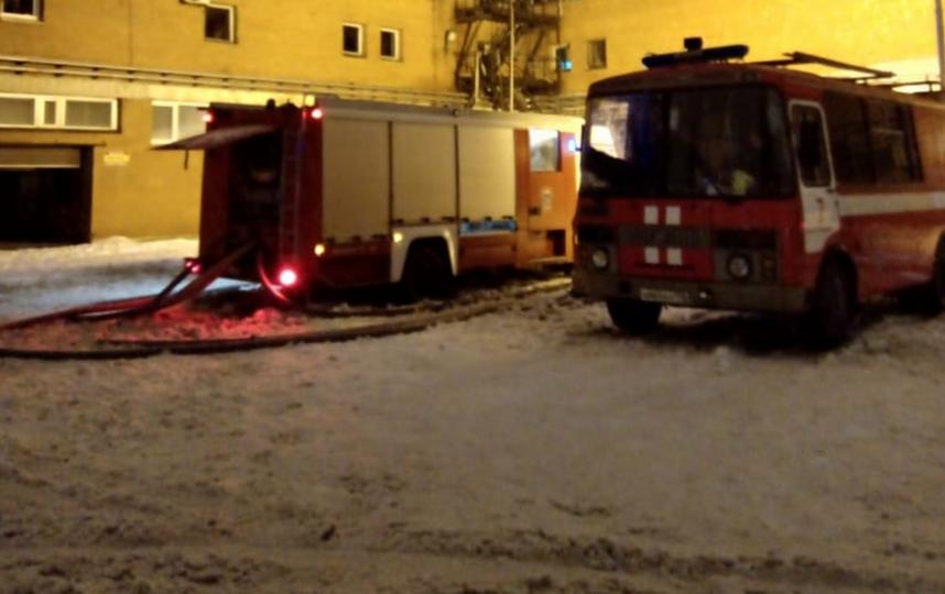 Пожар в типографии на Ленинском проспекте. Фото www.procspb.ru