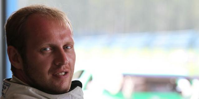 Алексей Ивлев – болезнь ещё не сказалась на его внешнем виде.
