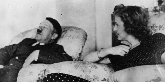 Из жизни Евы Браун и Адольфа Гитлера.
