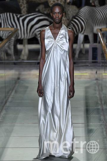 Мир глазами Демны Гвасалии - показ Vetements на неделе мужской моды в Париже. Фото Getty