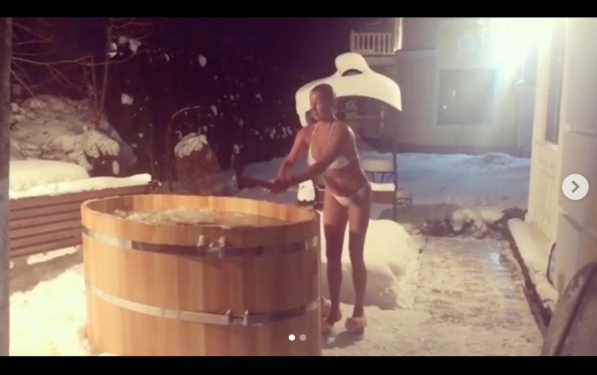 Волочкова окунулась в ледяную воду. Фото instagram.com/volochkova_art