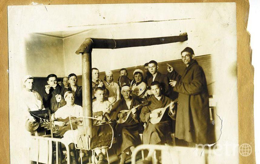 """Сводный оркестр эвакуационного госпиталя 1171. Фото из личного архива Галины Савельевой, """"Metro"""""""