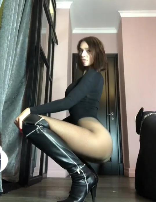 Алена Водонаева, фотоархив. Фото скриншот www.instagram.com/alenavodonaeva/