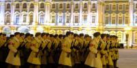 Мороз и танки: ночная репетиция парада прошла в Петербурге