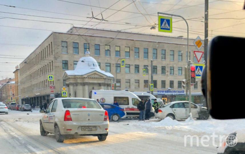 "ДТП и ЧП | Санкт-Петербург | vk.com/spb_today. Фото ""Metro"""