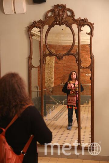 """Это зеркало на время ремонта """"жило"""" на даче Иосифа Райхельгауза. Фото Василий Кузьмичёнок"""