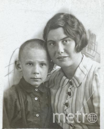 8-летний Вова Кондрашов со своей тётей Екатериной. Фото фото предоставлены героями публикации и их родственниками.