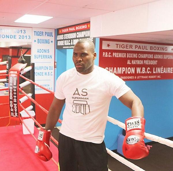 Боксёр был введён в медикаментозную кому после нокаута в бою с Александром Гвоздиком. Фото Скриншот instagram.com/adonissuperman/