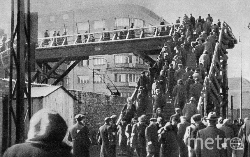 Мост, соединяющий две части Варшавского гетто. Архивные фото. Фото Getty