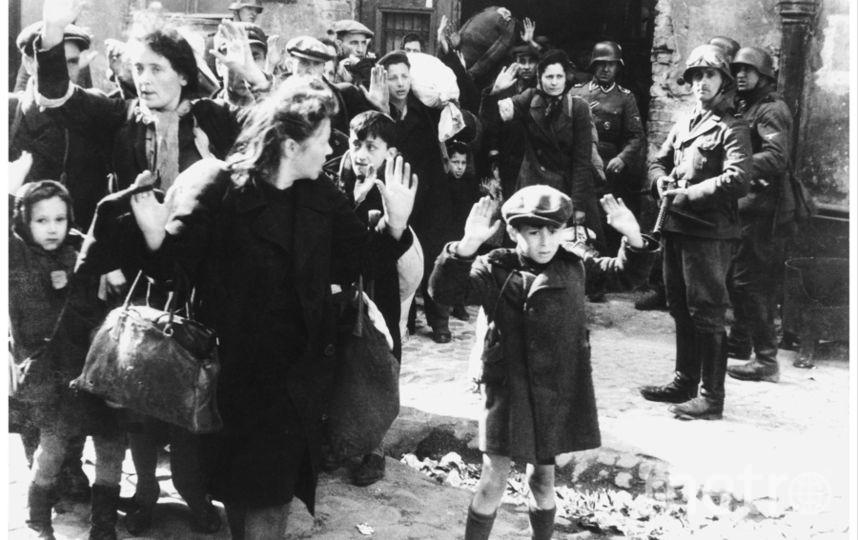 Кадры из Варшавского гетто. Архивные фото. Фото Getty