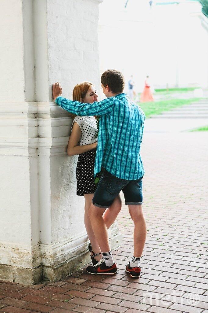 Мой муж-моя защита и опора,за ним я как за каменной стеной!Я знаю, чтобы не случилось он всегда меня поддержит и защитит)А главное в нашей семье муж является моей опорой,а я являюсь его опорой и уверенностью в его силах! Я люблю тебя,муж!Ты-моё всё!!! Фото Любовь