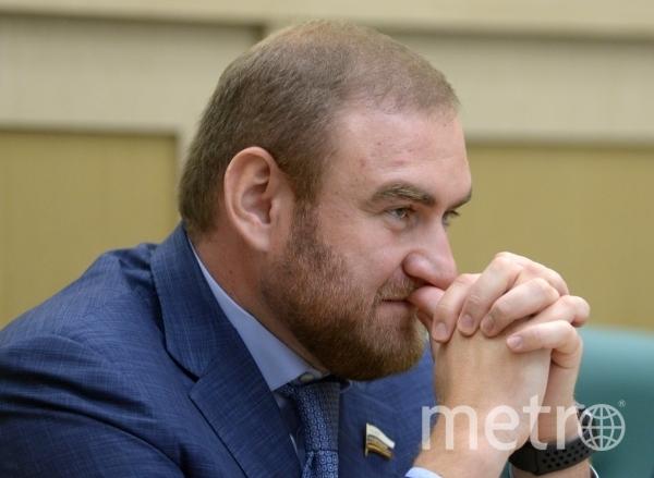 Рауф Арашуков арестован на два месяца. Фото РИА Новости