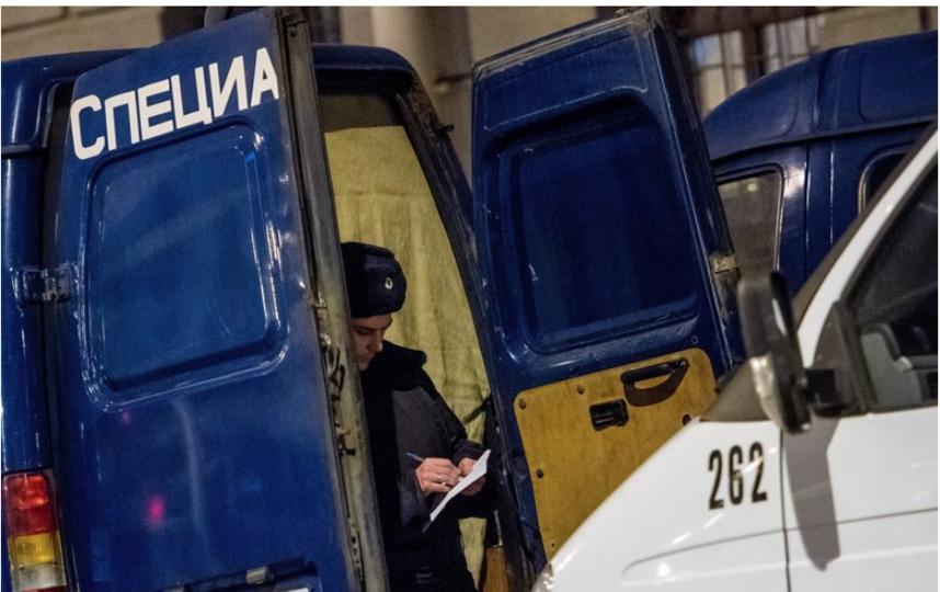 """Станция метро """"Технологический институт"""" вечером после трагедии. Фото архив, """"Metro"""""""
