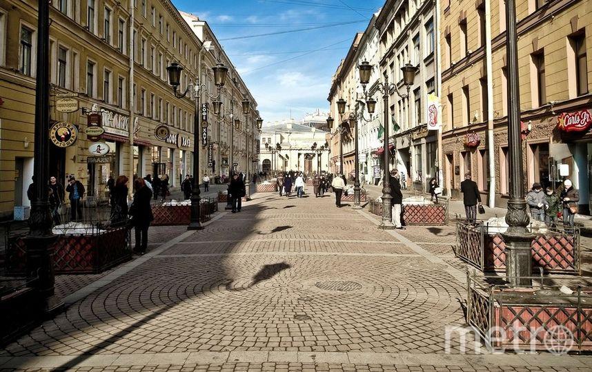 Экскурсии в исторических парадных Петербурга вызвали споры. Фото Pixabay.com