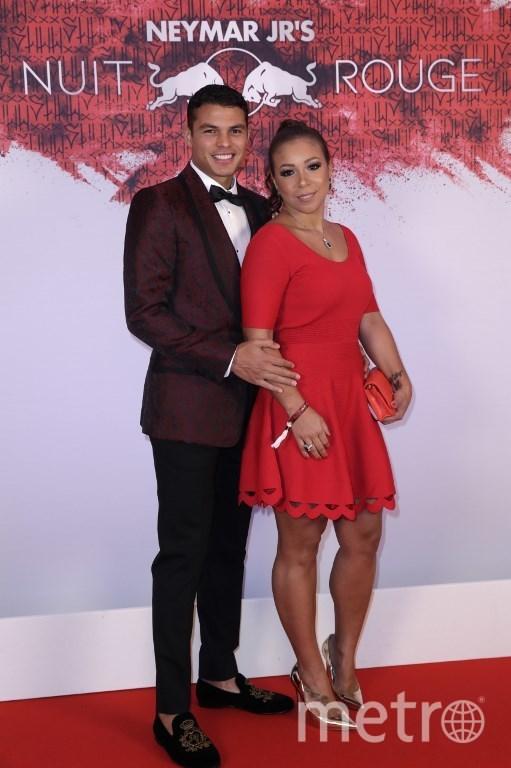 Тьяго Силва с женой. Фото AFP
