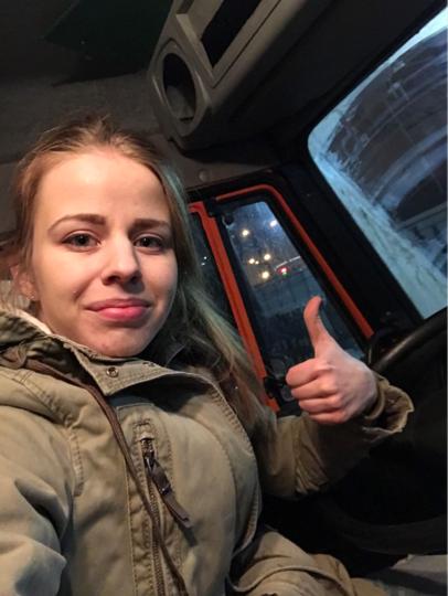 Татьяна и её грузовик. Фото предоставила Татьяна Хусяинова