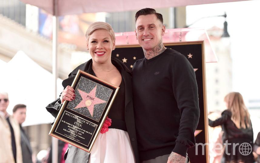 С супругом Кэри Хартом. Фото Getty