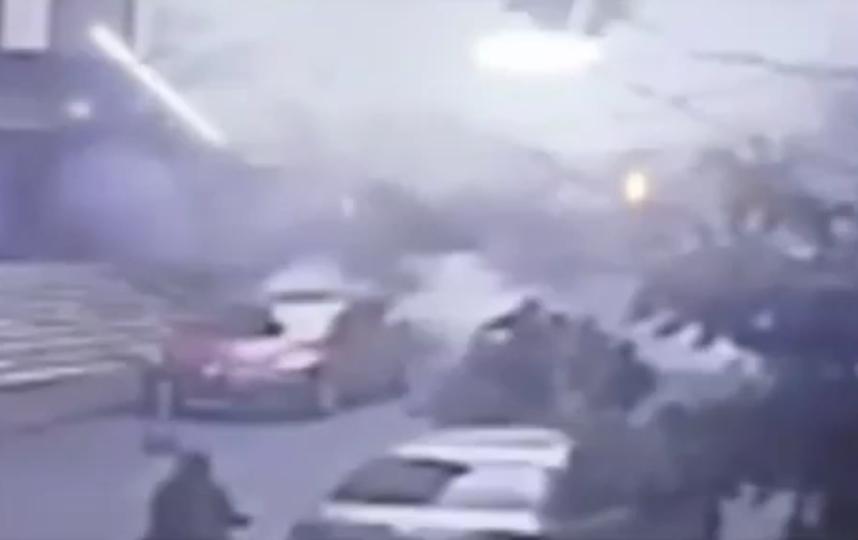 Момент обрушения здания в Стамбуле попал на видео. Фото скриншот видео https://ren.tv/