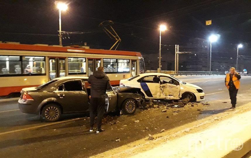 На Володарском мосту столкнулись три иномарки. Фото ДТП и ЧП | Санкт-Петербург | Питер Онлайн | СПб, vk.com
