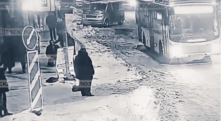 Фрагменты видео. Фото 78.ru