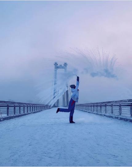 Участник #дубакчеллендж. Фото instagram/kris_rus