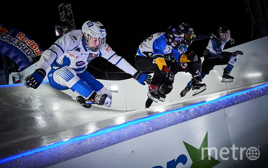 Red Bull Crashed Ice. Фото AFP