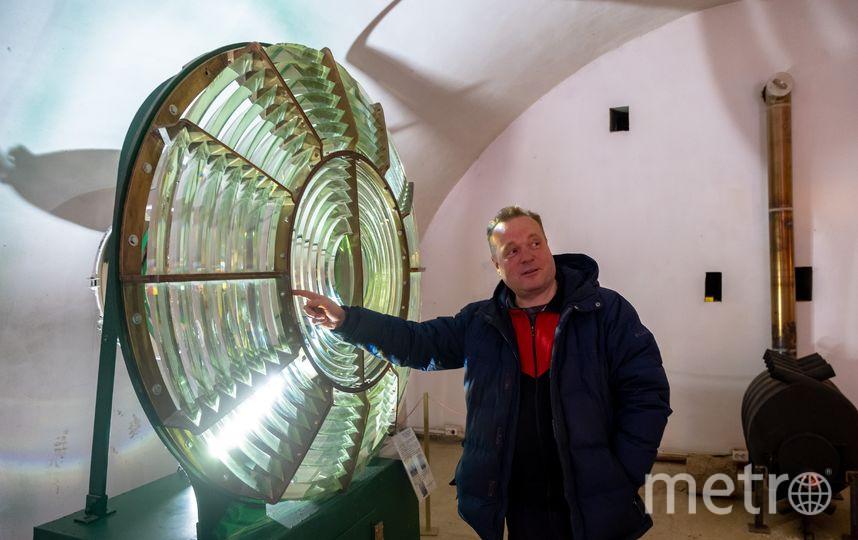 """Эта линза сделана во Франции, была установлена на Санкт-Петербургском морском канале. Изготовлена в марте 1914 года.. Фото Алена Бобрович, """"Metro"""""""