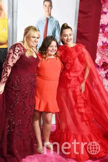 Принцесса! Майли Сайрус пришла на премьеру фильма в сказочном наряде. Фото Getty
