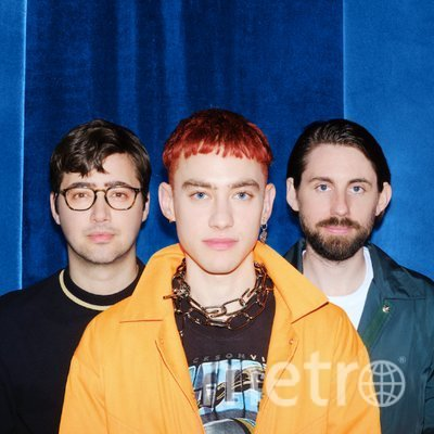 "Years&Years. Фото https://twitter.com/yearsandyears, ""Metro"""