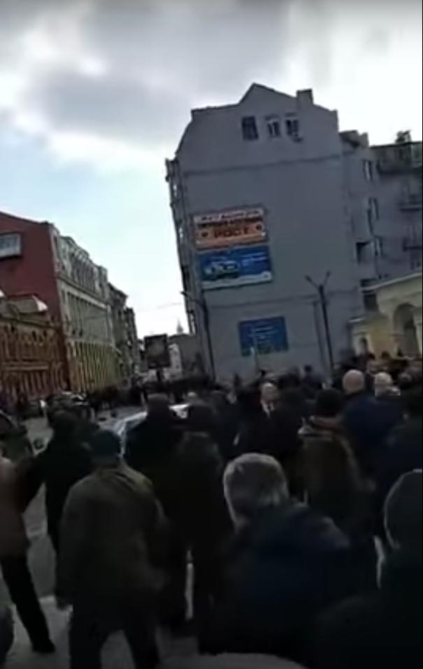 Инцидент в Харькове. Фото Скриншот, Скриншот Youtube