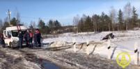 Тепловоз сбил иномарку на переезде в Тосно: водитель погиб (фото)
