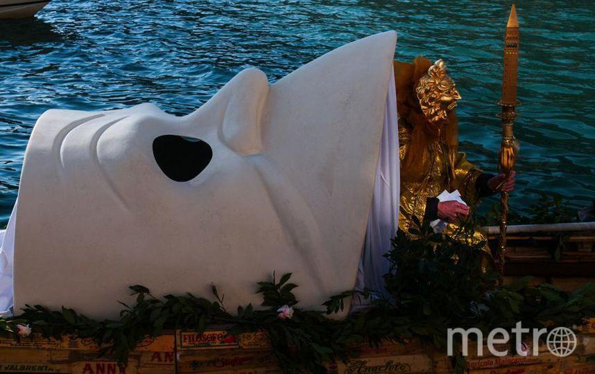 Традиционная регата на Гранд-канале на Венецианском карнавале. Фото Getty