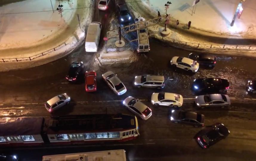 Пробки на въезд в Кудрово по вечерам каждый день. Фото ДТП и ЧП | Санкт-Петербург | vk.com/spb_today., vk.com