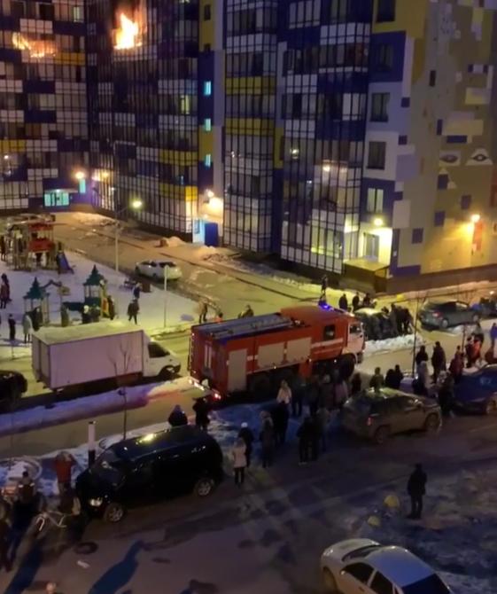 Пожар в Кудрово. Фото скриншот видео www.instagram.com/instapiterr/
