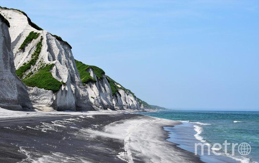 Белые скалы на Итурупе. Фото из личного архива семьи Прибытковых