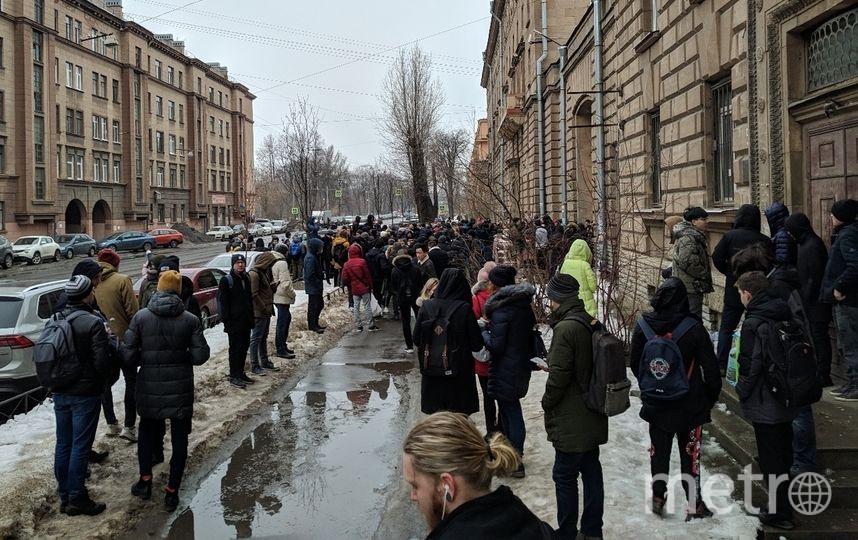 Второй день подряд эвакуируют общежитие ИТМО в Вяземском переулке. Фото ДТП и ЧП   Санкт-Петербург   vk.com/spb_today., vk.com
