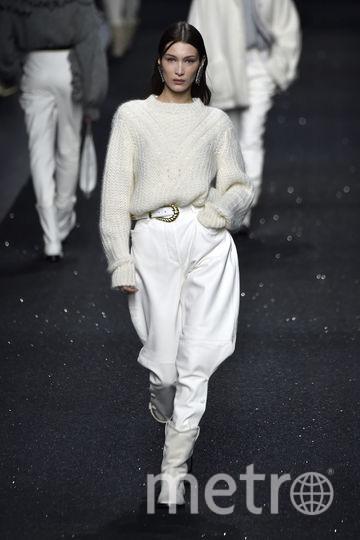 Неделя моды в Милане. Осень-зима-2019/20. Белла Хадид на показе Alberta Ferretti. Фото Getty