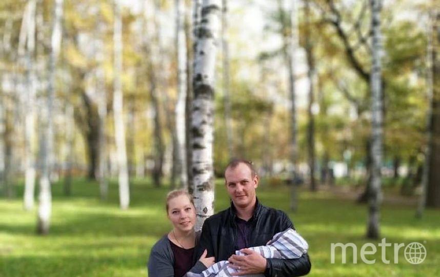 """Мне за твоей спиной спокойно, ты самый лучший и достойный. Меня спасешь от проблем, чудесный муж – на зависть всем! Только тебя... Нежно.... Искренне.... Очень.... . Фото Богданов Юрий Андреевич. Ходыка Анна Сергеевна, """"Metro"""""""