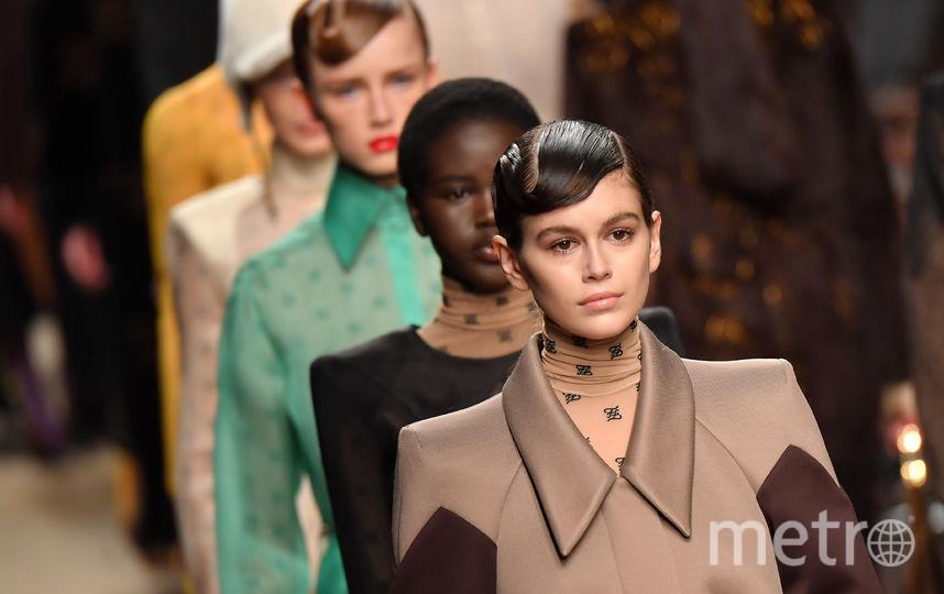 Показ Fendi на Неделе моды в Милане. Фото Getty