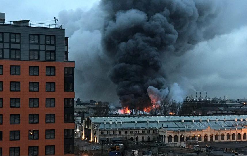 "Пожар в гипермаркете ""Лента"" в 2018 году. Фото ДТП и ЧП | Санкт-Петербург | Питер Онлайн | СПб, vk.com"