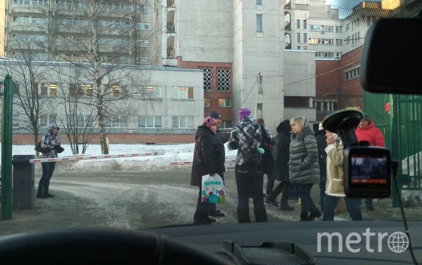 Эвакуация больницы 18 февраля. Фото ДТП и ЧП | Санкт-Петербург | vk.com/spb_today., vk.com