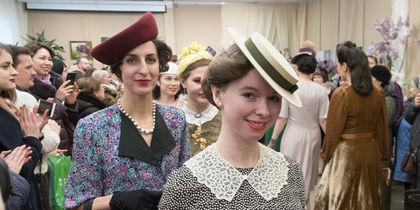 Красотки показали винтажную моду: в Петербурге прошел ретропоказ