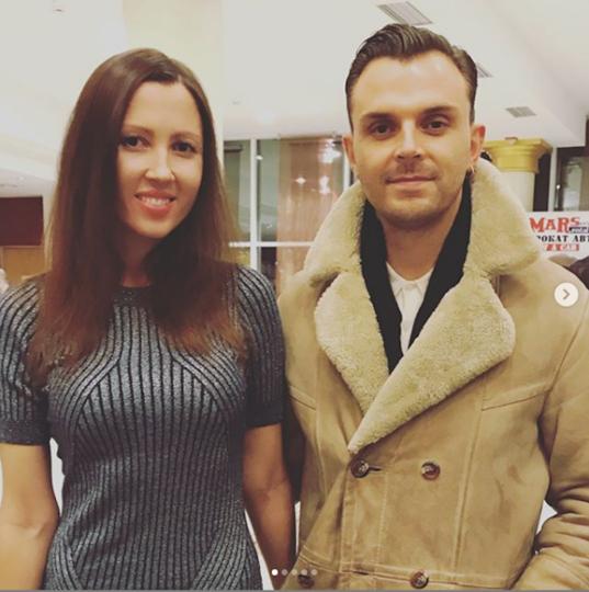 Алёна и Тео Хатчкрафт из Hurts. Фото Скриншот Instagram/alena_makeeva
