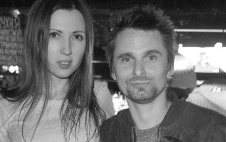 Алёна и звезда Muse Мэттью Беллами. Фото Скриншот Instagram/alena_makeeva