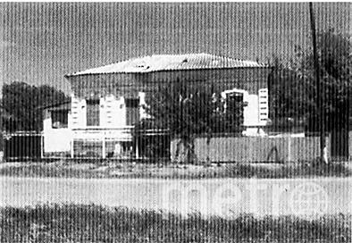 "Дом, в котором вырос Иван Сорокин. Фото книга «Мятеж главкома сорокина», ""Metro"""