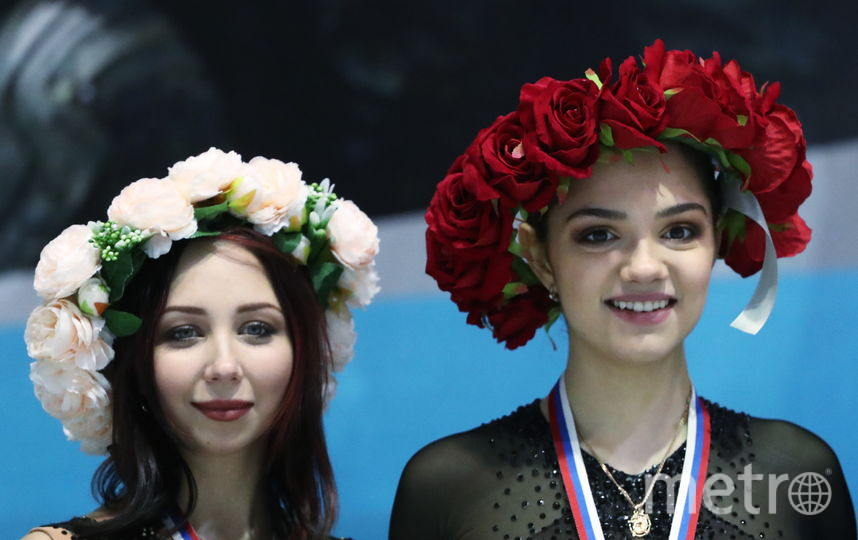 После Кубка России Медведева (справа) сказала, что было бы справедливо отправить в Японию Туктамышеву. Фото Getty